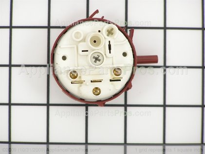 Frigidaire Switch 134431101 from AppliancePartsPros.com