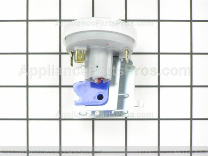 Frigidaire Switch 137014900 from AppliancePartsPros.com