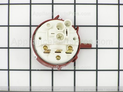 Frigidaire Switch-Pressure 134438301 from AppliancePartsPros.com