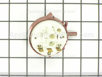 Frigidaire Switch-Pressure 5304460977 from AppliancePartsPros.com