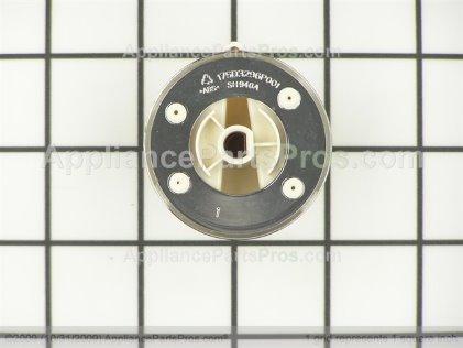 GE Knob & Clip Asm Bq WH01X10461 from AppliancePartsPros.com