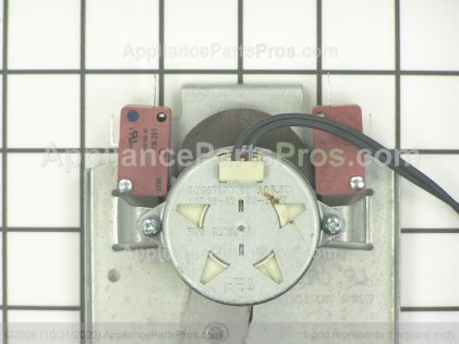 GE Latch Ovn WB14T10018 from AppliancePartsPros.com