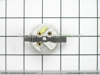GE Receptacle WB08T10004 from AppliancePartsPros.com