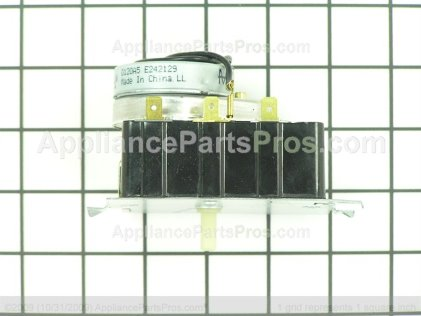 GE Timer Plas. Shaft WE4M359 from AppliancePartsPros.com