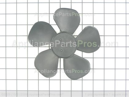 Whirlpool Blade-Fan 8190873 from AppliancePartsPros.com