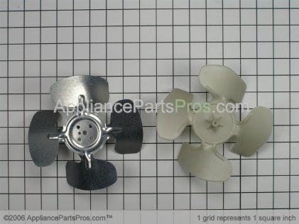 Whirlpool Blade-Fan 8201630 from AppliancePartsPros.com