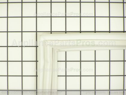 Whirlpool Gasket, Ref Door Wht 67003548 from AppliancePartsPros.com