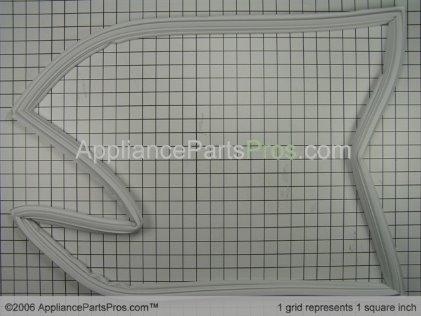 Whirlpool Gasket, Ref Door Wht 67003552 from AppliancePartsPros.com