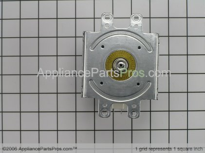 Whirlpool Magnetron 8206335 from AppliancePartsPros.com