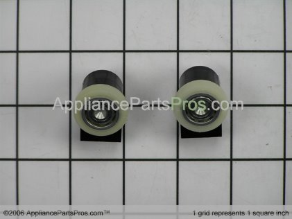 Whirlpool Roller Assembly (2-Pack) 882688 from AppliancePartsPros.com